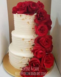 3tiers Red Rose with gold flakes couture cake