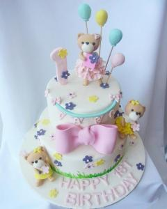 2 tier bears with ballon 1st birthday cake