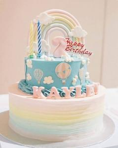 Pastel rainbow & hot air balloon birthday cake
